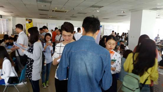 月28日在西安电子科技大学长安校区就业中心成功举办